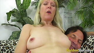 Golden Slut - Locate Ridden at the end of one's tether an Doyenne Hottie Compilation