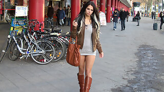 Supersexy 18yo miniskirt Bitch fucked in public in Berlin