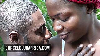 Ebony housewife wants a quickie on the part of washing